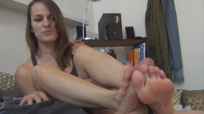 Bailey Footjob