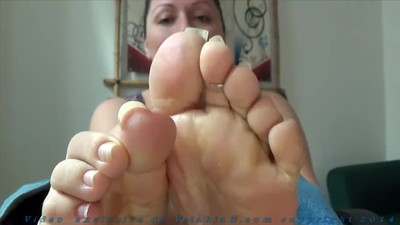 Prettiest soles an fat toes