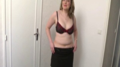 Julie a french chubby milf..