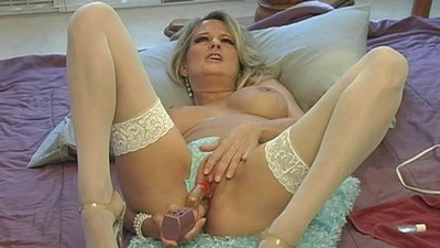 Bridget squirting on webcam