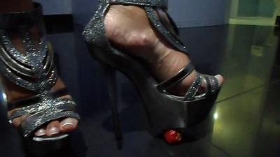 Foot fetish, Stilettos,..