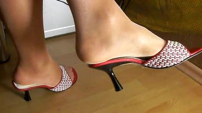 my feet video
