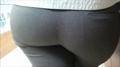 Very big ass milf
