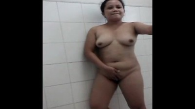 filipino milf full naked in..