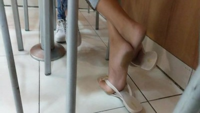Compilation candid feet milf..