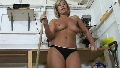 Uber Milf Tracey Coleman..