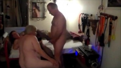 bisexual cuckold cleans up..