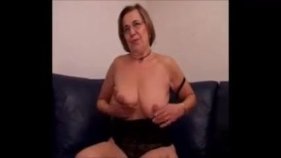 Hot Mamma - Blowjob and..