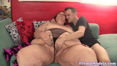 Doggystyle loving bbw gets a..