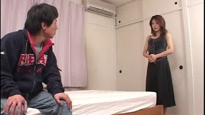 Japanese milf and young2